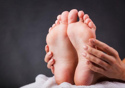 Робимо шкіру п'ят як у немовляти в домашніх умовах