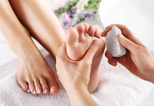 Пемза для краси п'ят ніг: поради щодо вибору та примінення