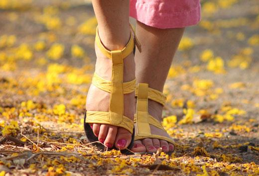 Як вилікувати пітливість ніг народними засобами: огляд ефективних методів