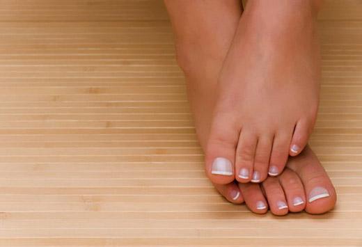 Профілактика і лікування попрілості і неприємного запаху між пальцями ніг