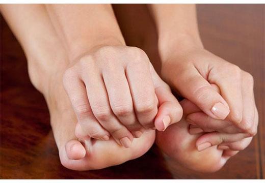 Кісточки на пальцях: причини виникнення та методи усунення