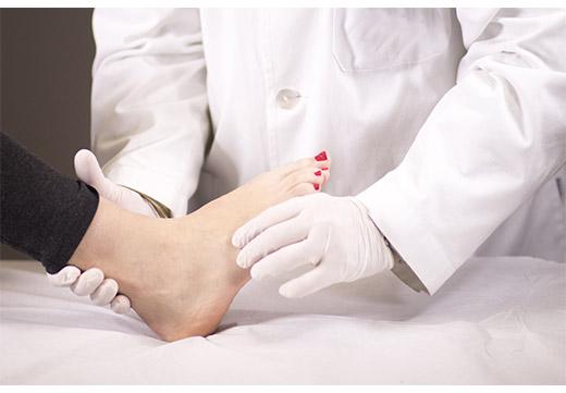 Як швидко позбавиться від кісточки на нозі в домашніх умовах