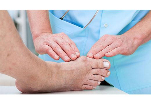 bolit-kostochka-na-noge-bolsh-palec1