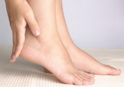 Методи домашнього лікування плантарного фасциту стопи