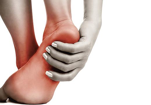 Поперечна плоскостопість: симптоми, причини появи і методи лікування